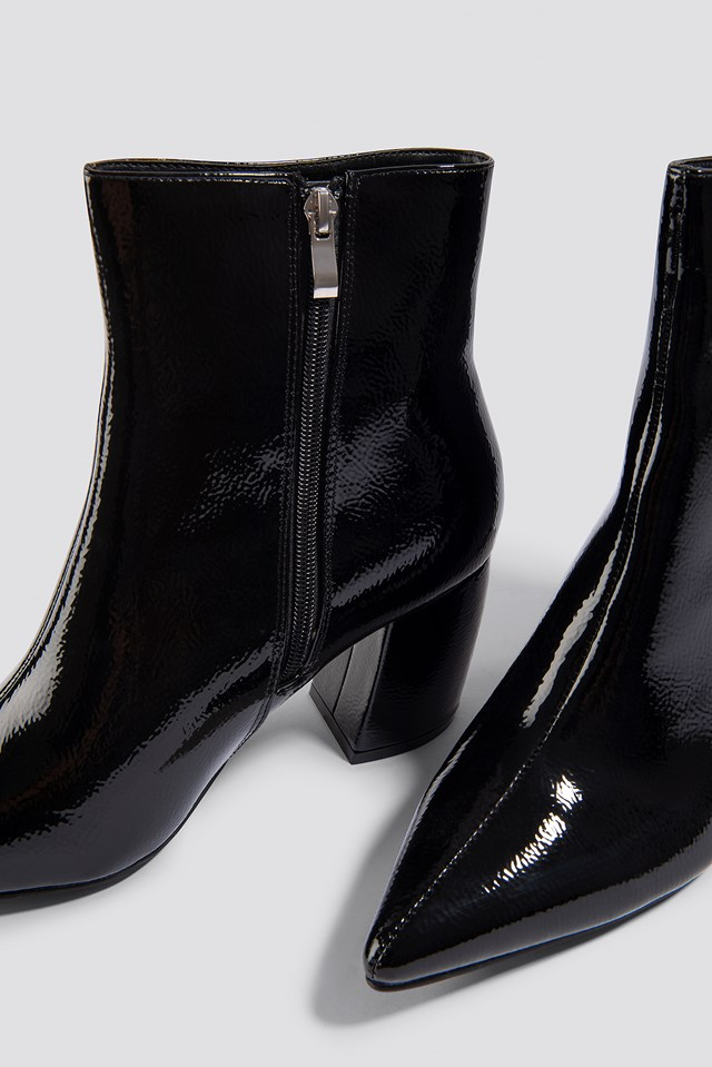 Structured Patent Mid Heel Boots NA-KD.COM