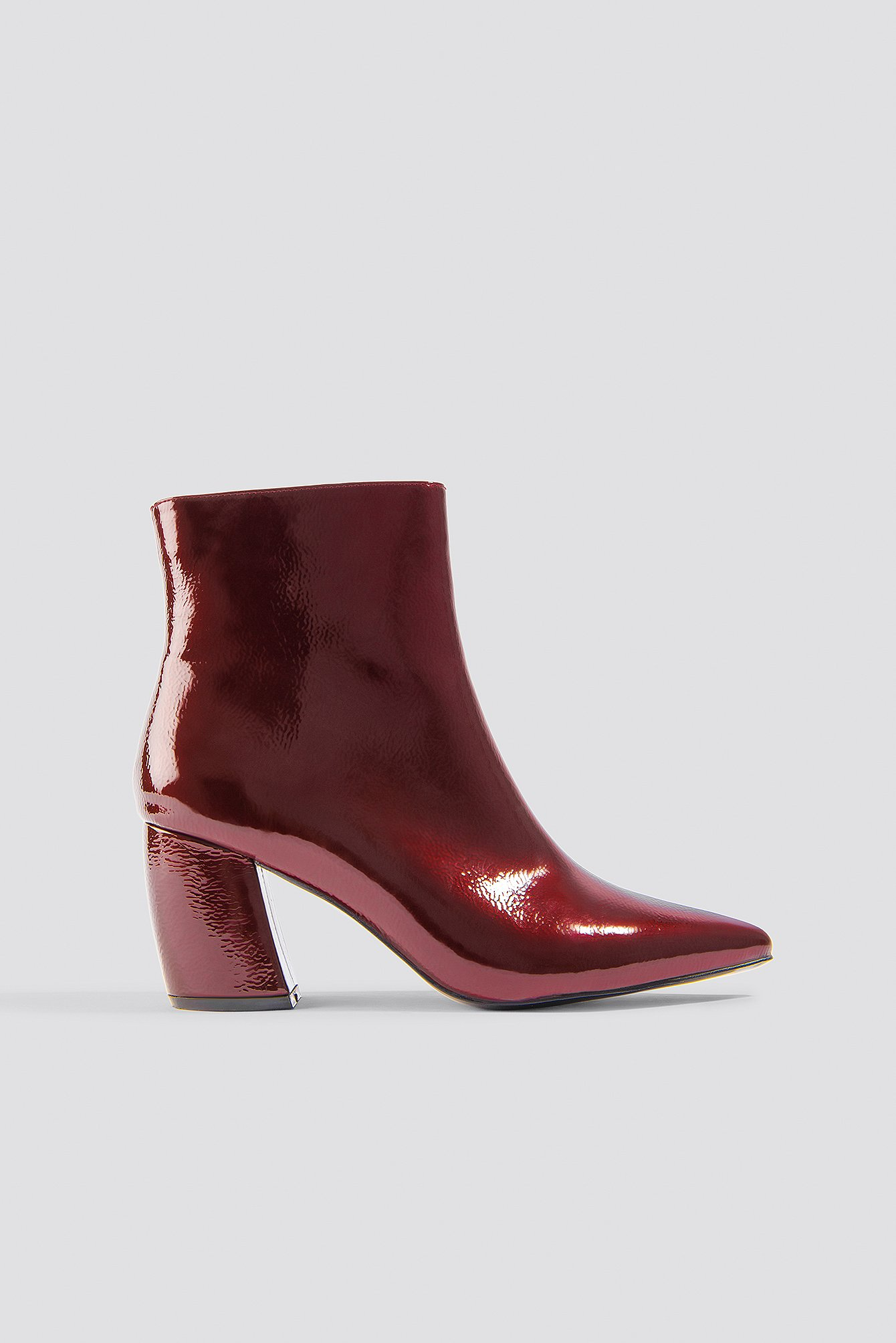 na-kd shoes -  Structured Patent Mid Heel Boots - Red