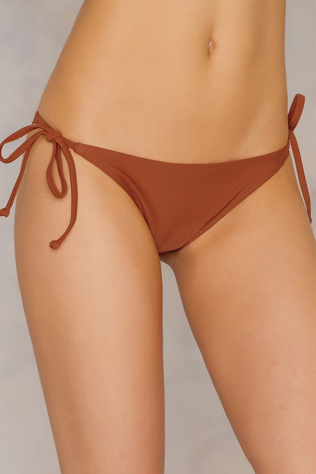 Triangle Panty Brown