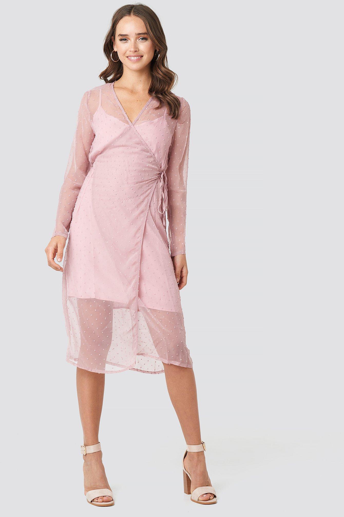 qontrast x na-kd -  Swiss Dot Wrap Dress - Pink