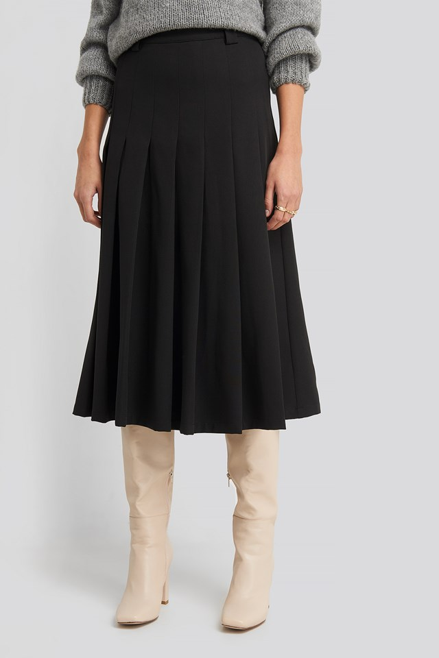 Tailored Pleated Midi Skirt Black