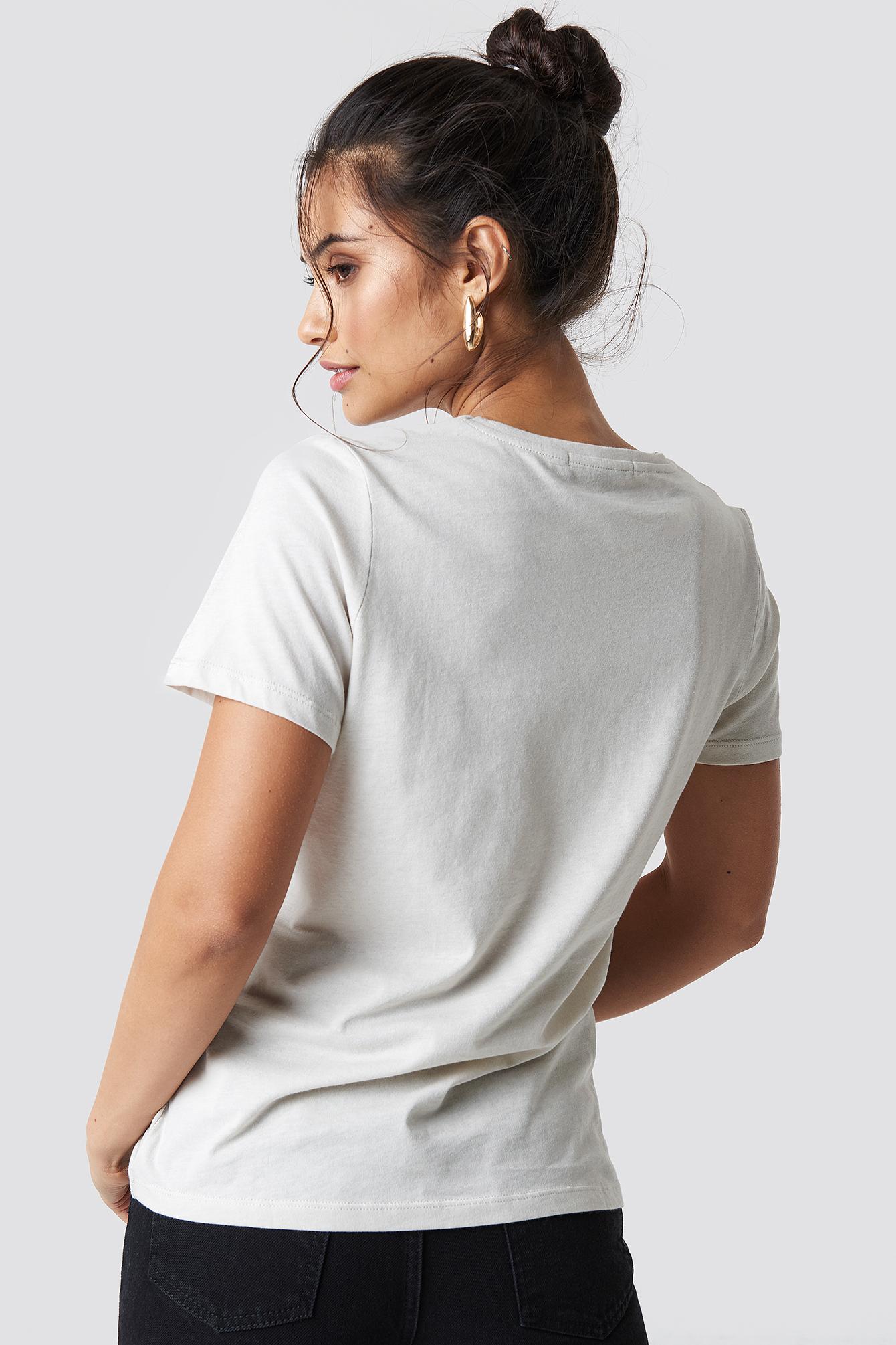 T-shirt basic Taken NA-KD.COM