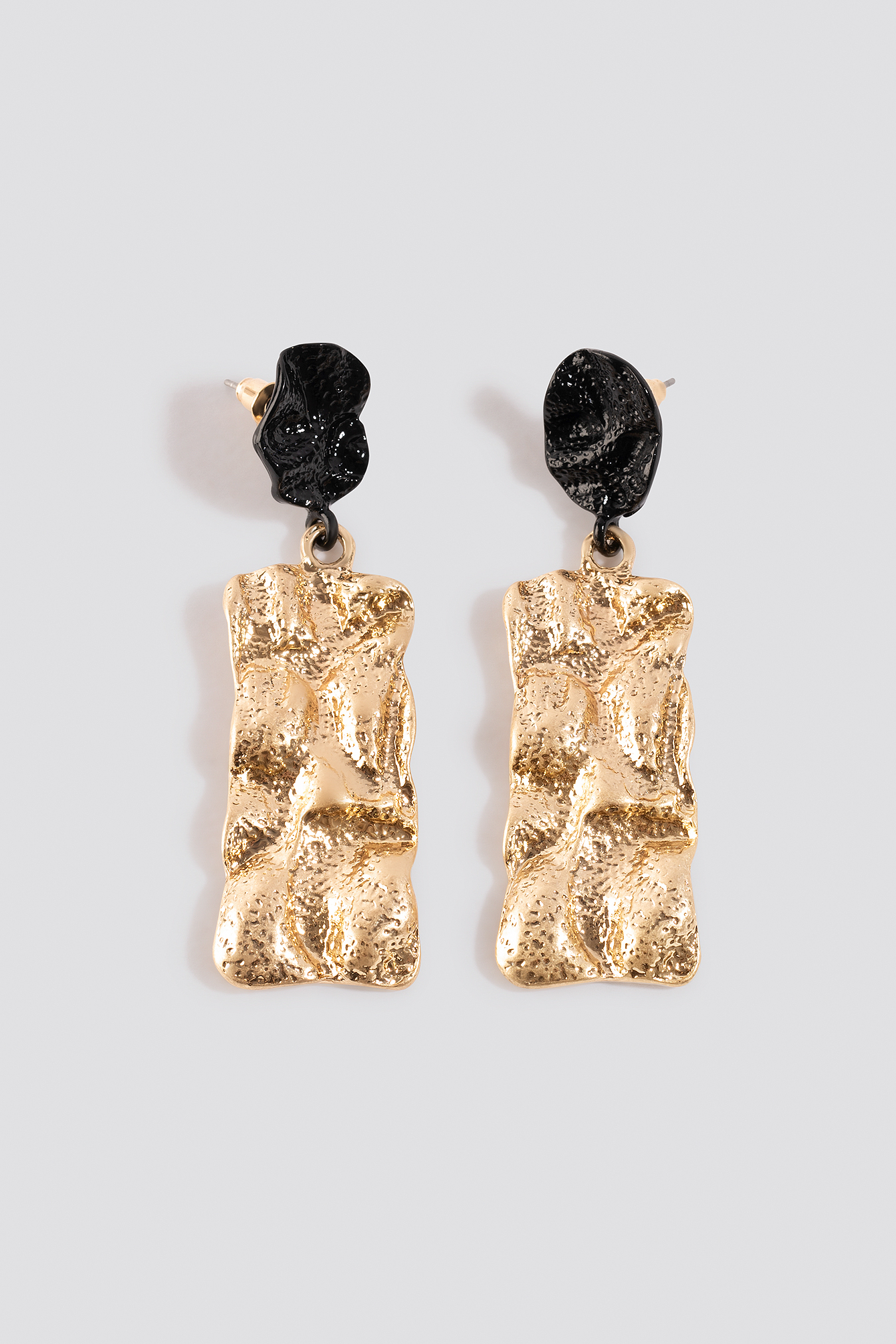 Textured Contrast Plate Earrings NA-KD.COM