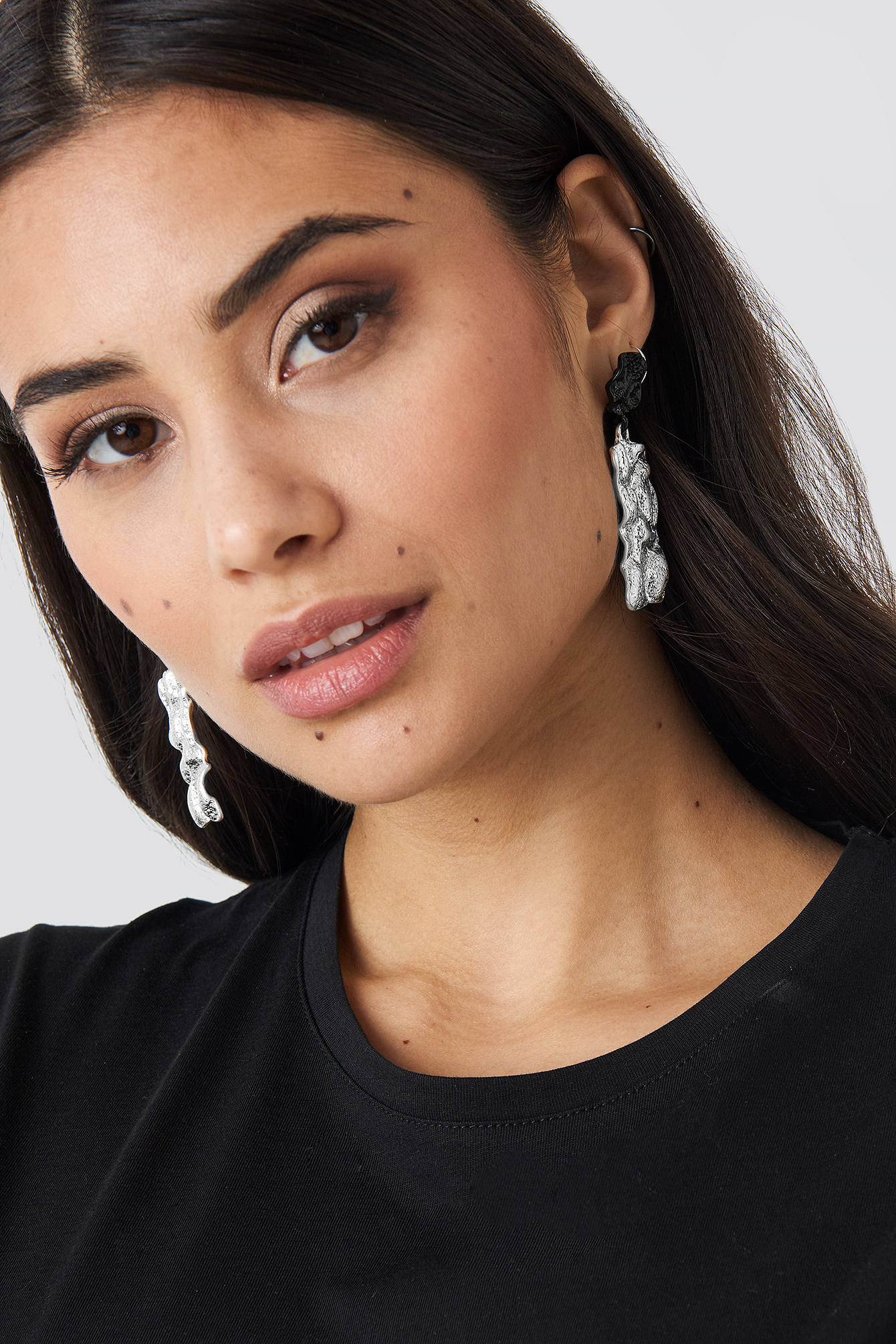 Textured Contrast Plate Earrings NA-KD.COM