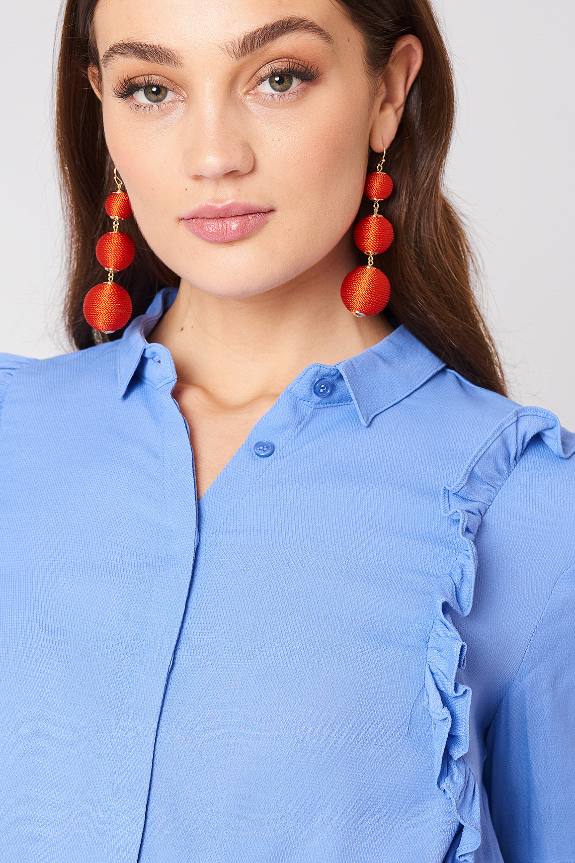 Textured Triple Globe Drop Earrings NA-KD.COM