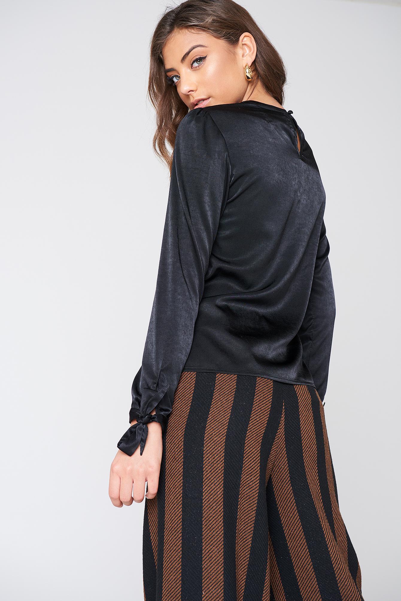 Bluzka Fiona NA-KD.COM
