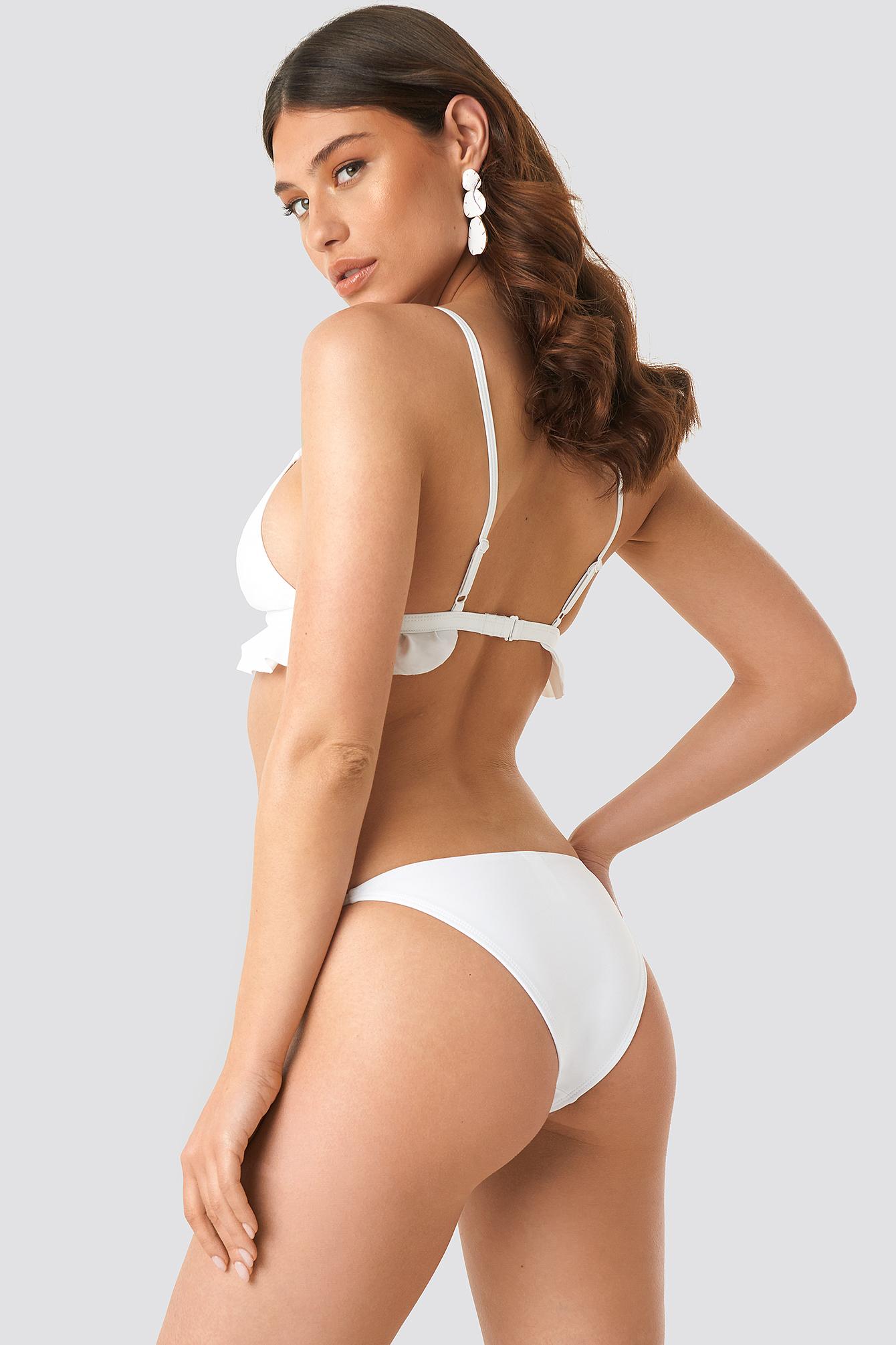 Dół bikini z cienkim paseczkiem NA-KD.COM