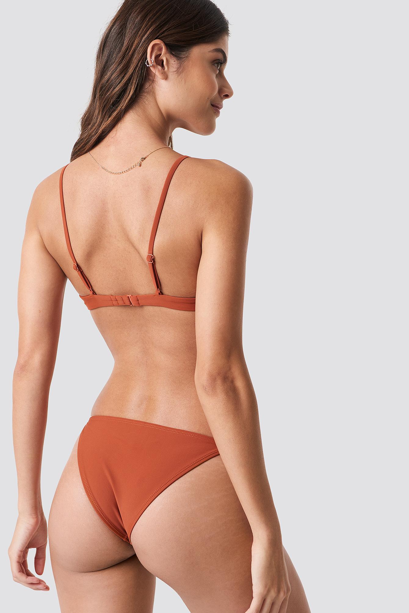 Thin Strap Bikini Briefs NA-KD.COM