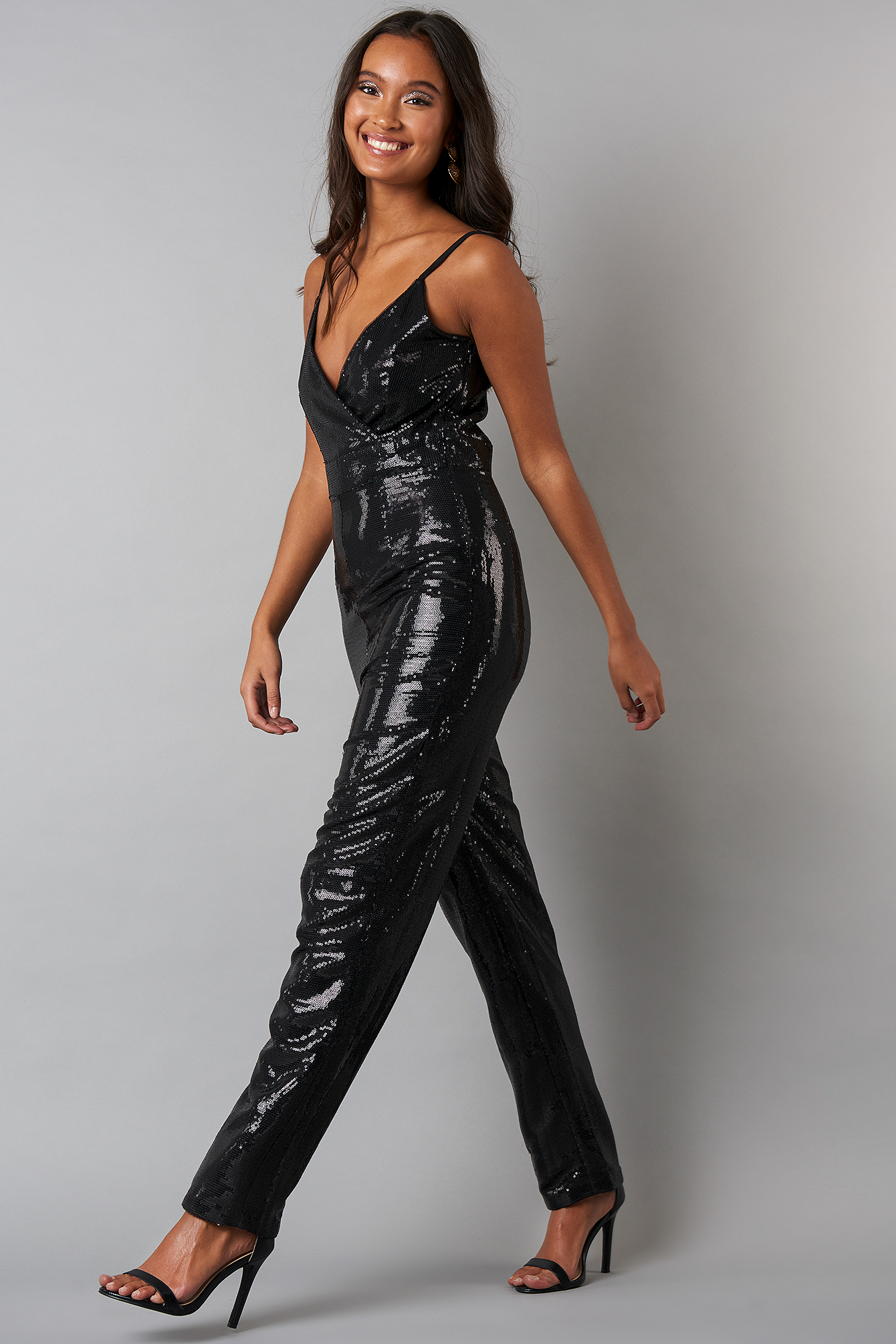 Thin Strap Sequins Jumpsuit NA-KD.COM