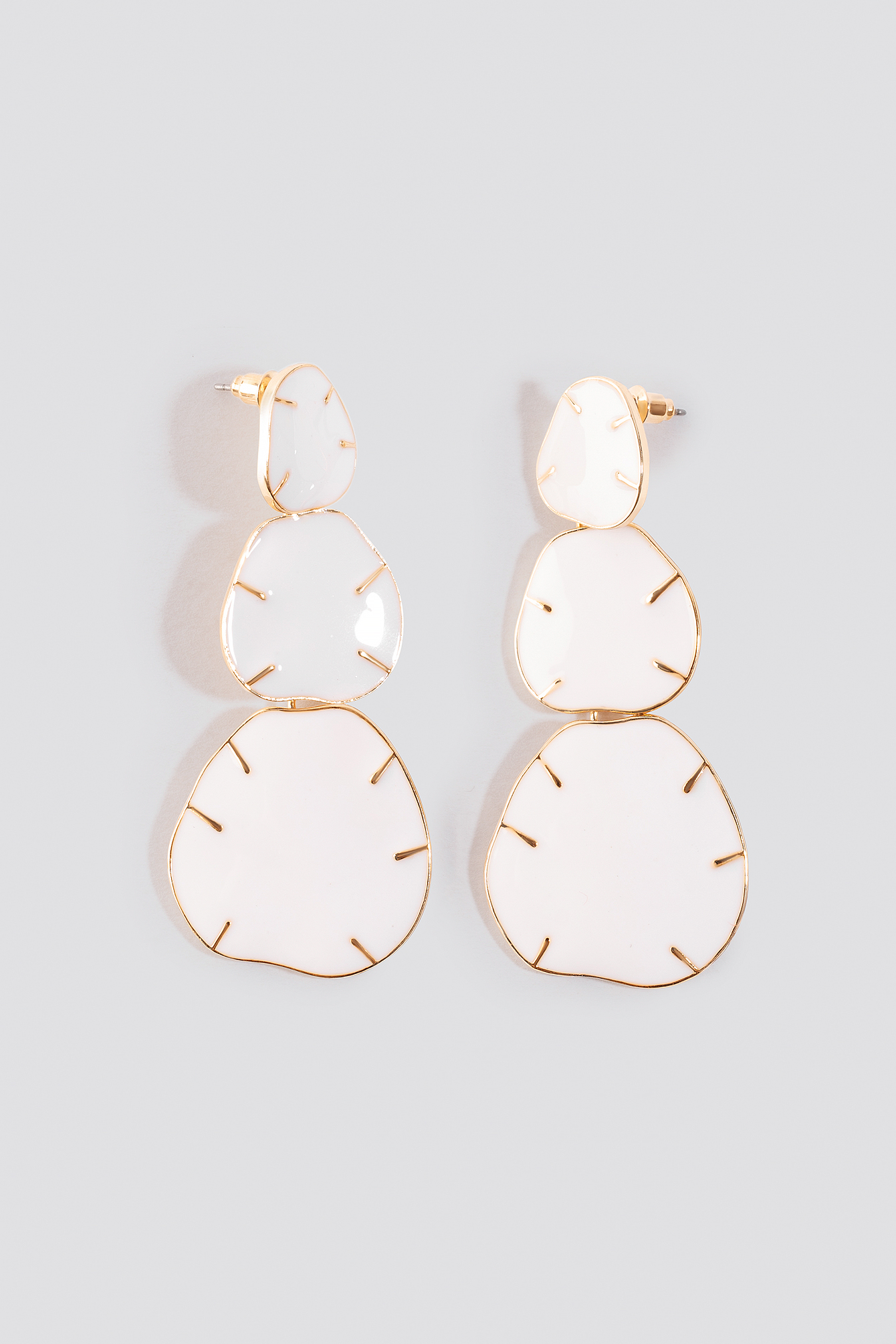 Three Plate Drop Earrings NA-KD.COM
