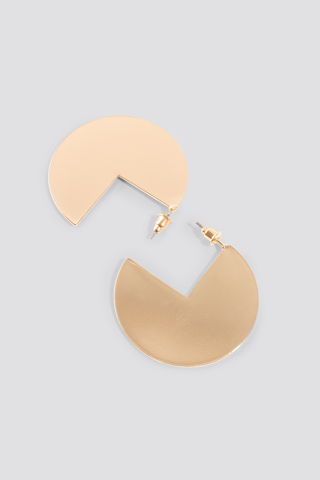 Three Quarter Plate Earrings NA-KD.COM