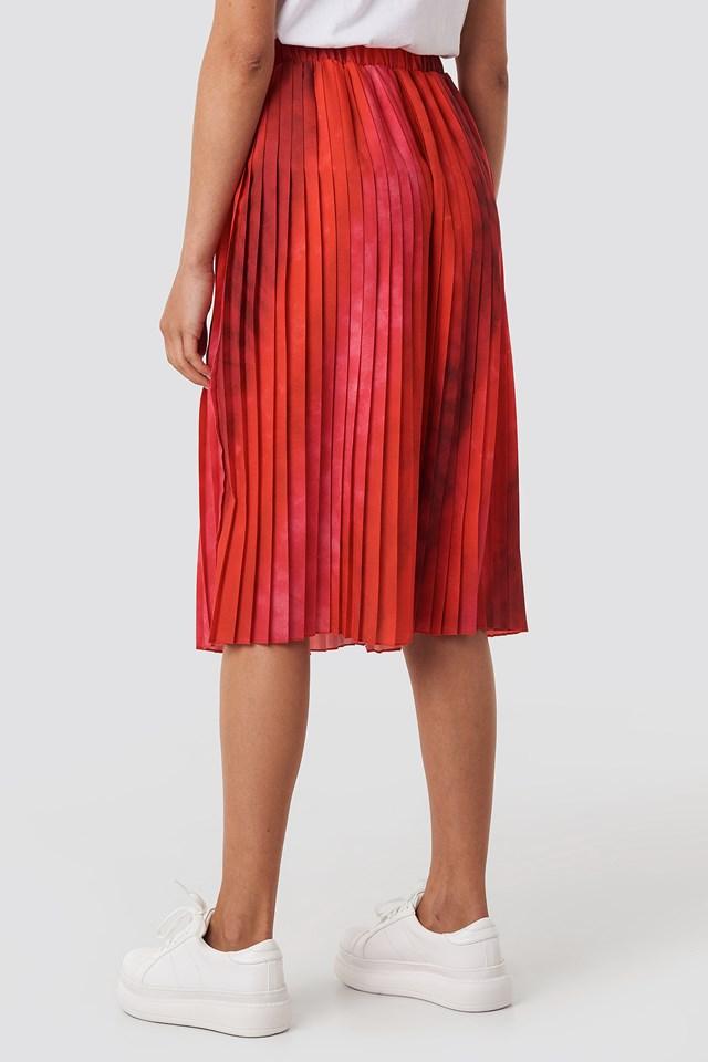 Tie Dye Print Pleated Midi Skirt Red