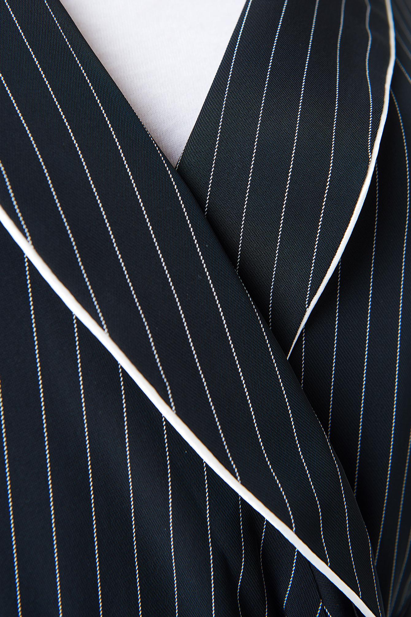 Tie Waist Asymmetric Sleeve Blazer NA-KD.COM