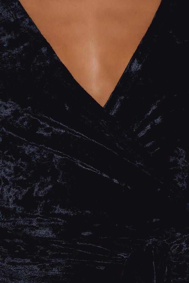 Tie Wrap Velvet Top NA-KD.COM