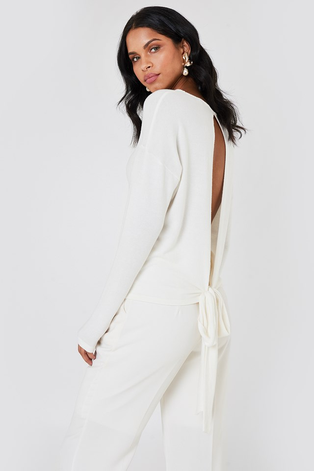 Tied Back Detail Sweater Offwhite