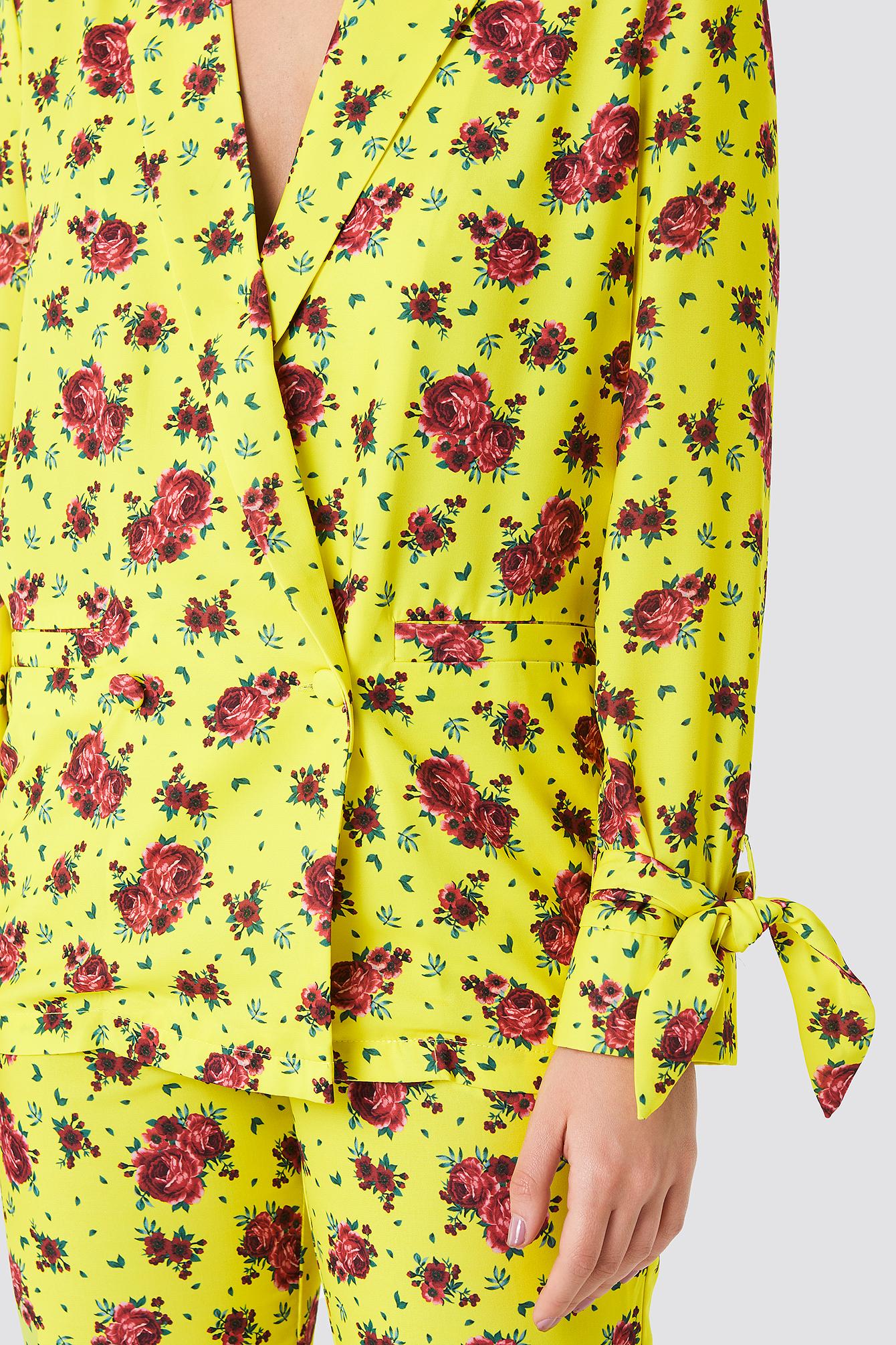 Tied Sleeve Printed Blazer NA-KD.COM