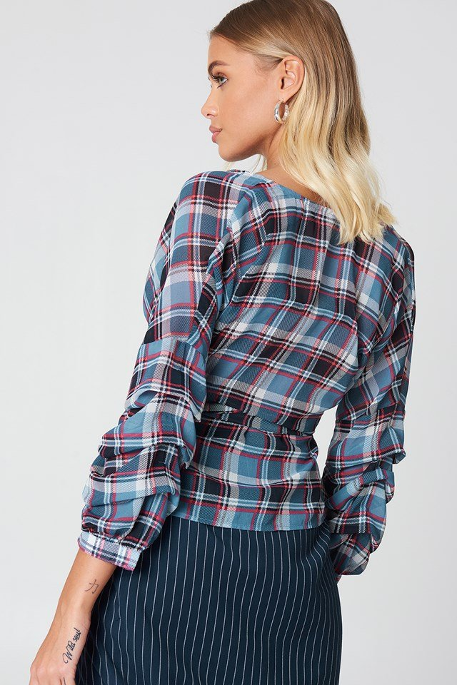 Tied Waist Gathered Sleeve Blouse Checkered