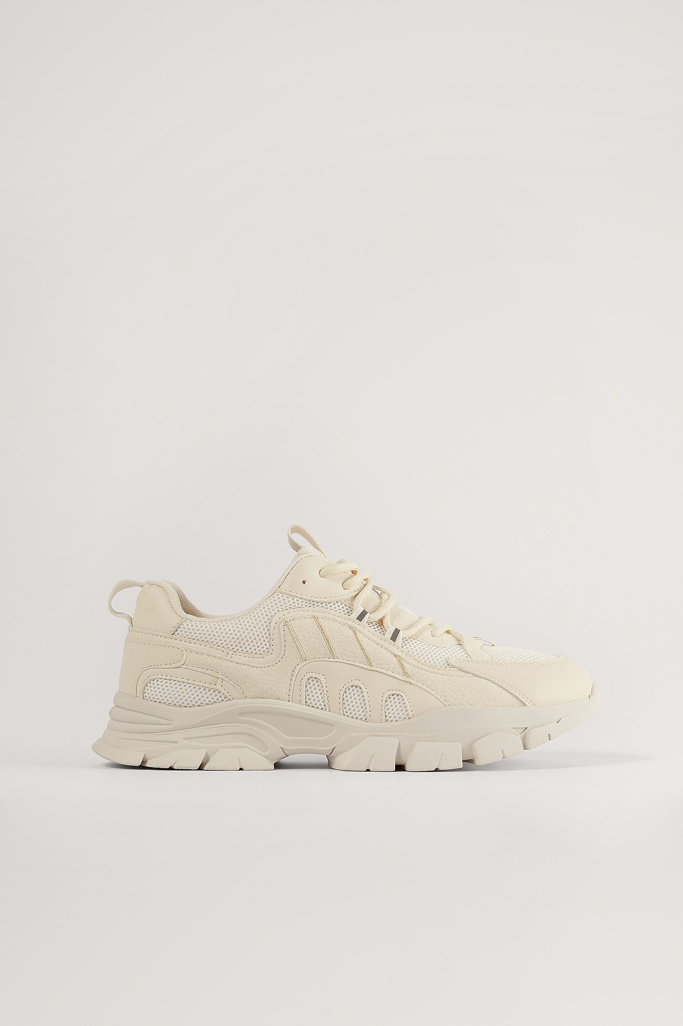 Offwhite Trekking Sole Sneakers