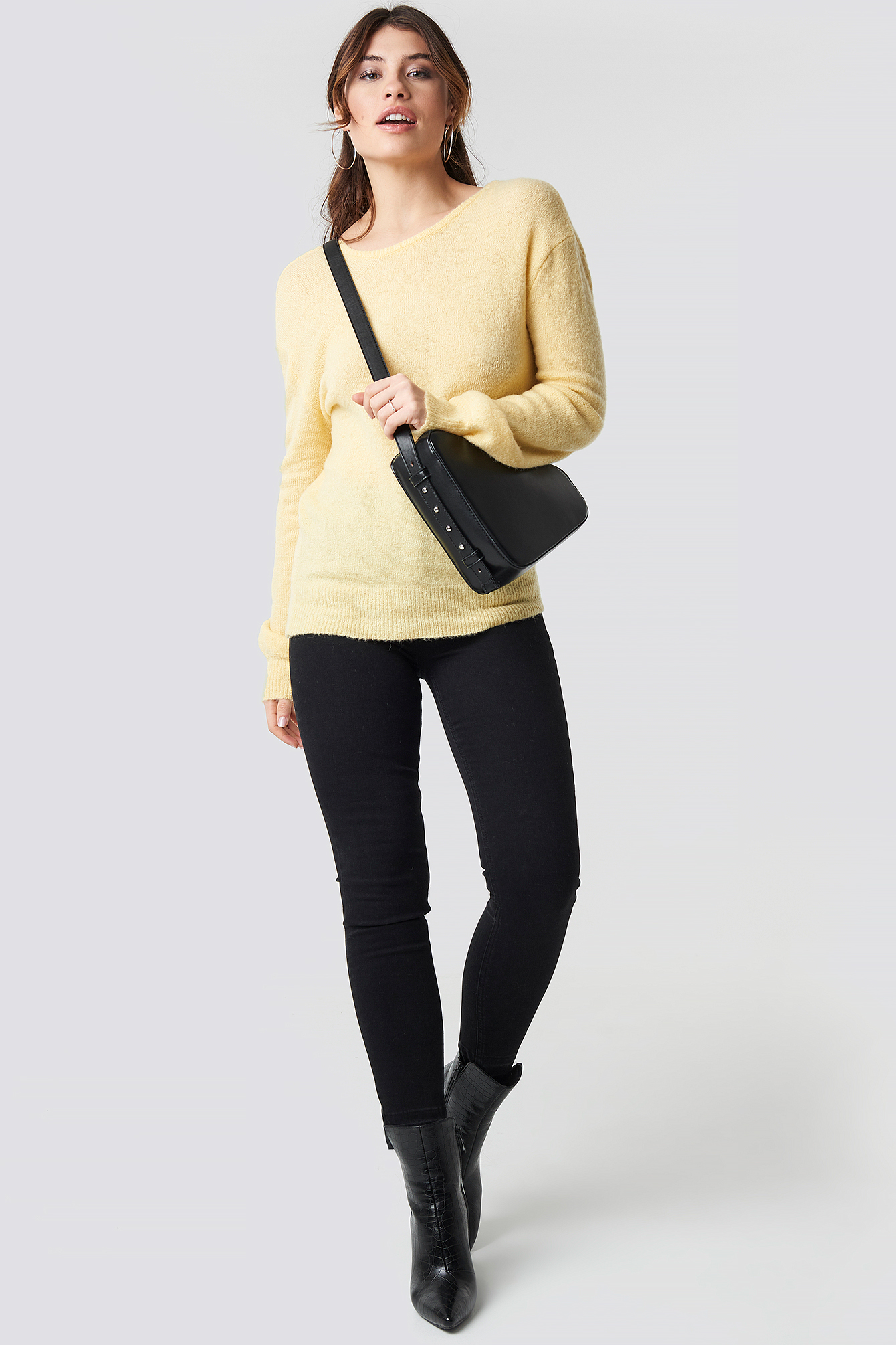 V-Neck Back Overlap Knitted Sweater NA-KD.COM