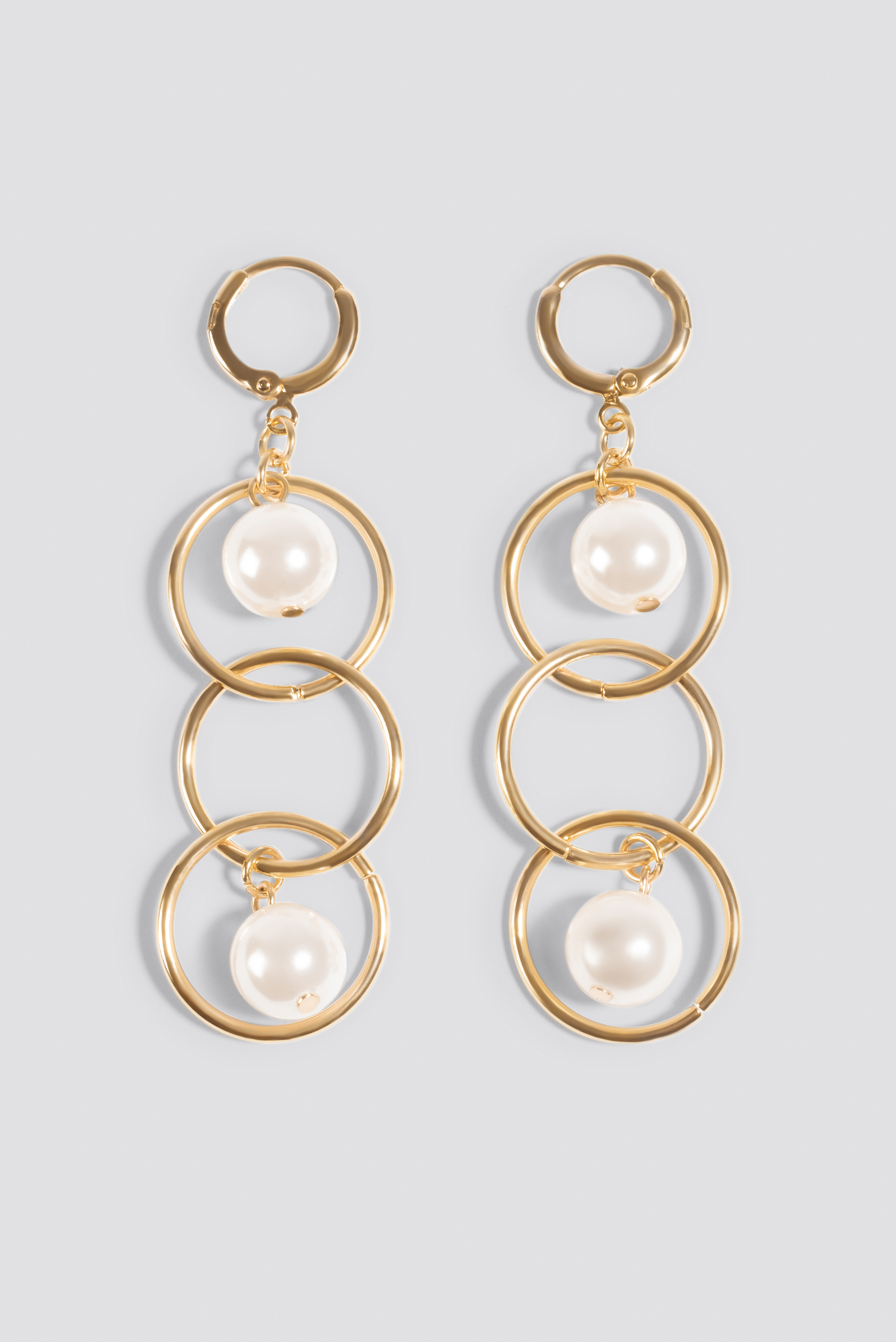 Triple Ring Pearl Earrings NA-KD.COM