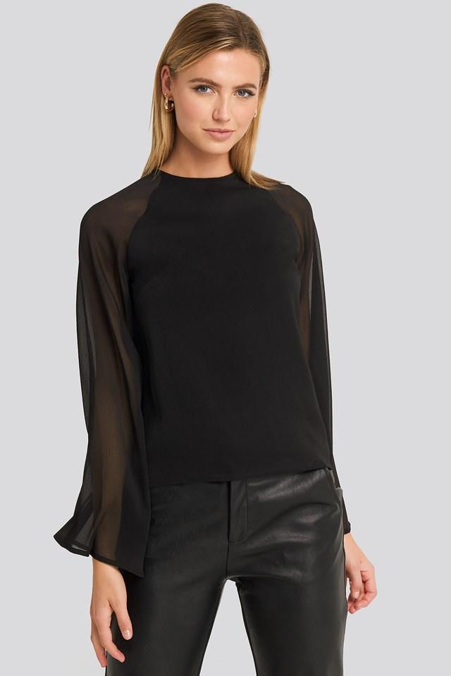 Trumphet Sleeve Flowy Blouse Black