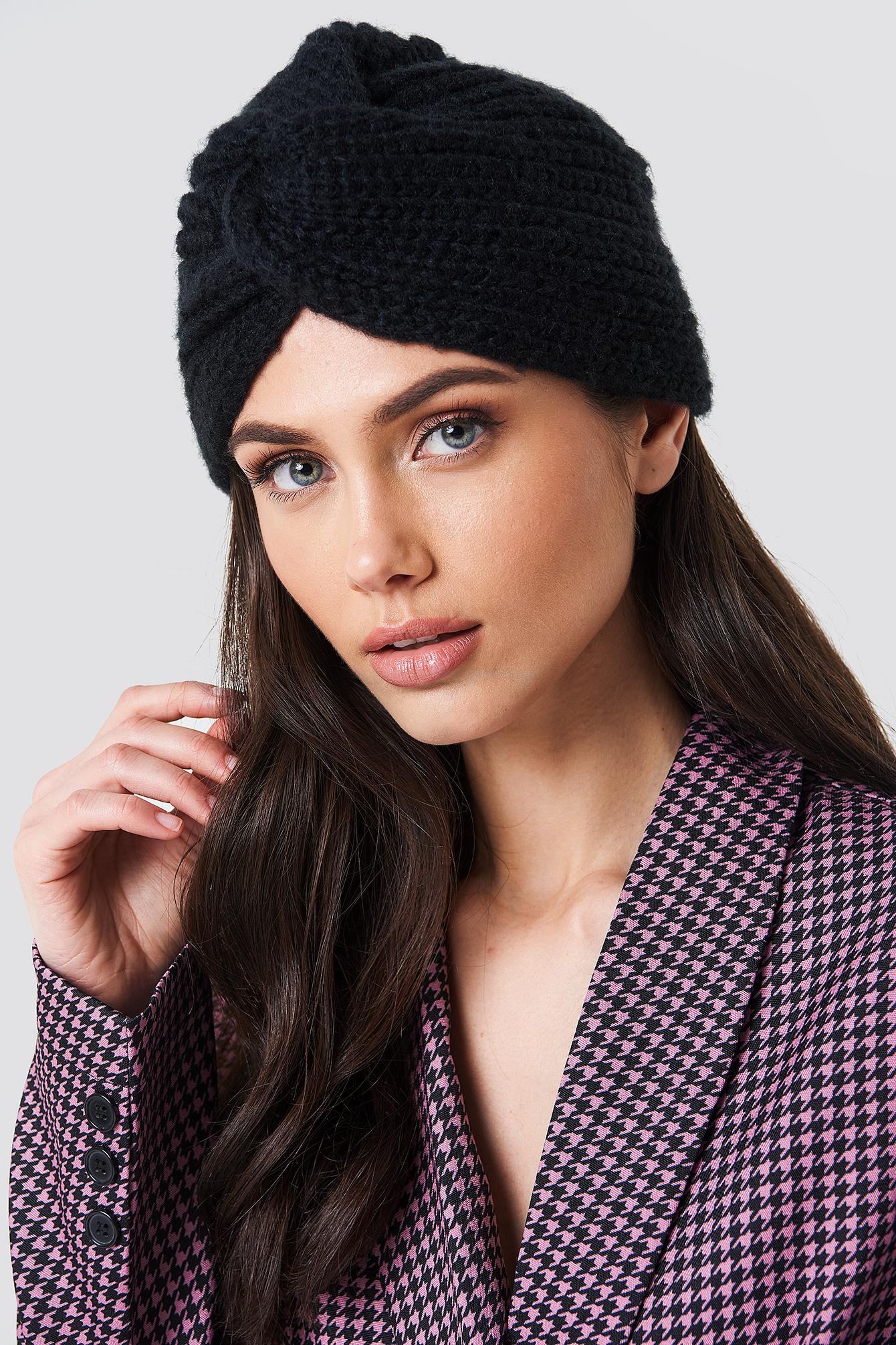 Czapka turban NA-KD.COM