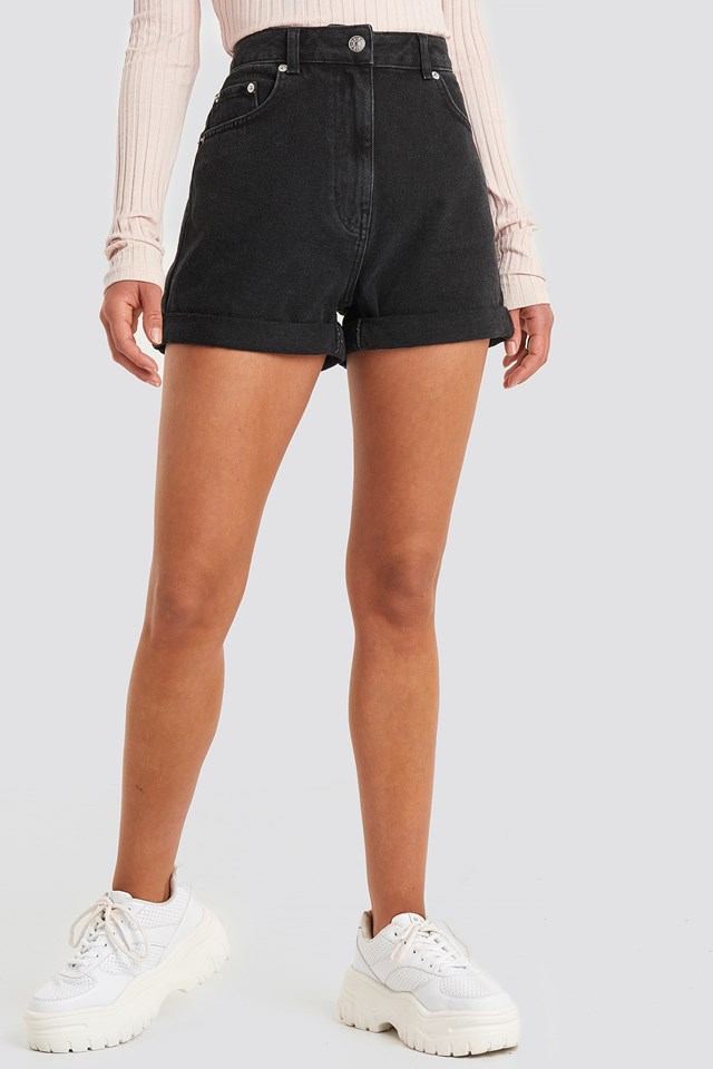 Turn Up Mom Shorts Black Wash