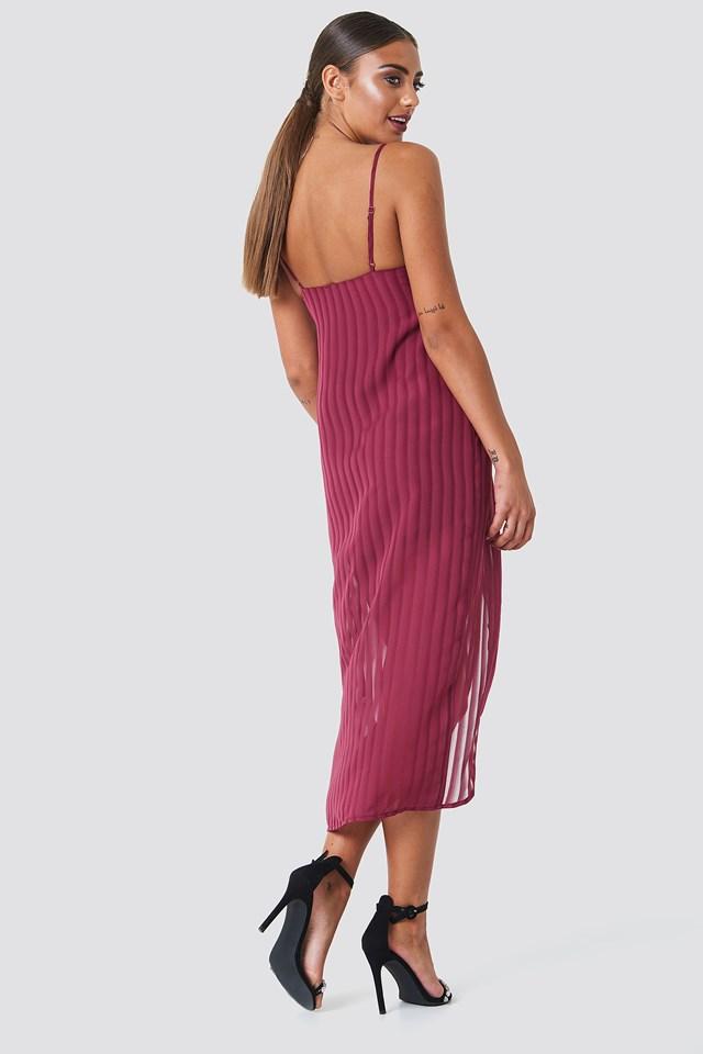 Twist Front Strap Dress Burgundy