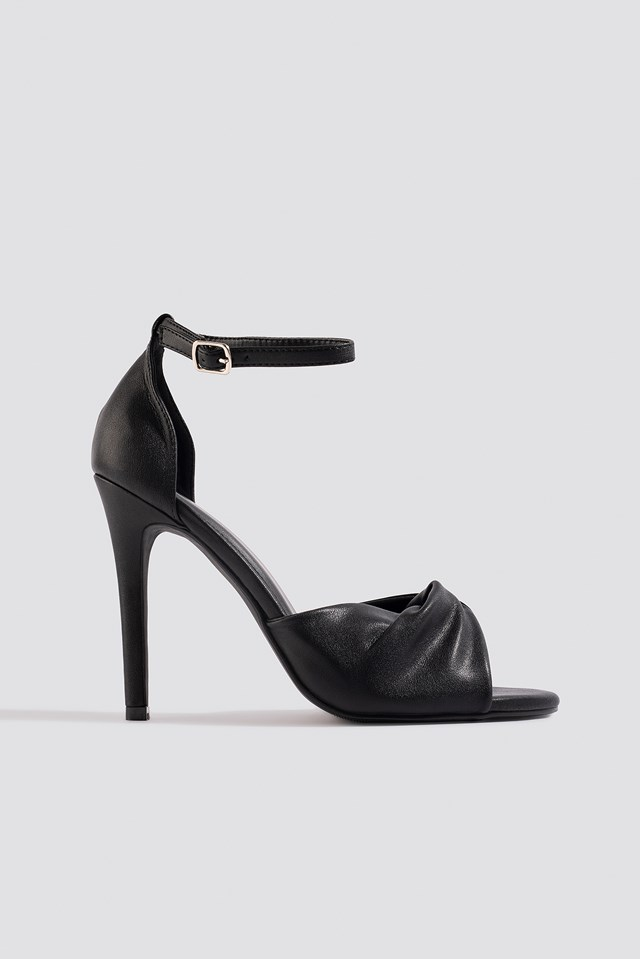 Twist Vamp Heel Sandal NA-KD Shoes