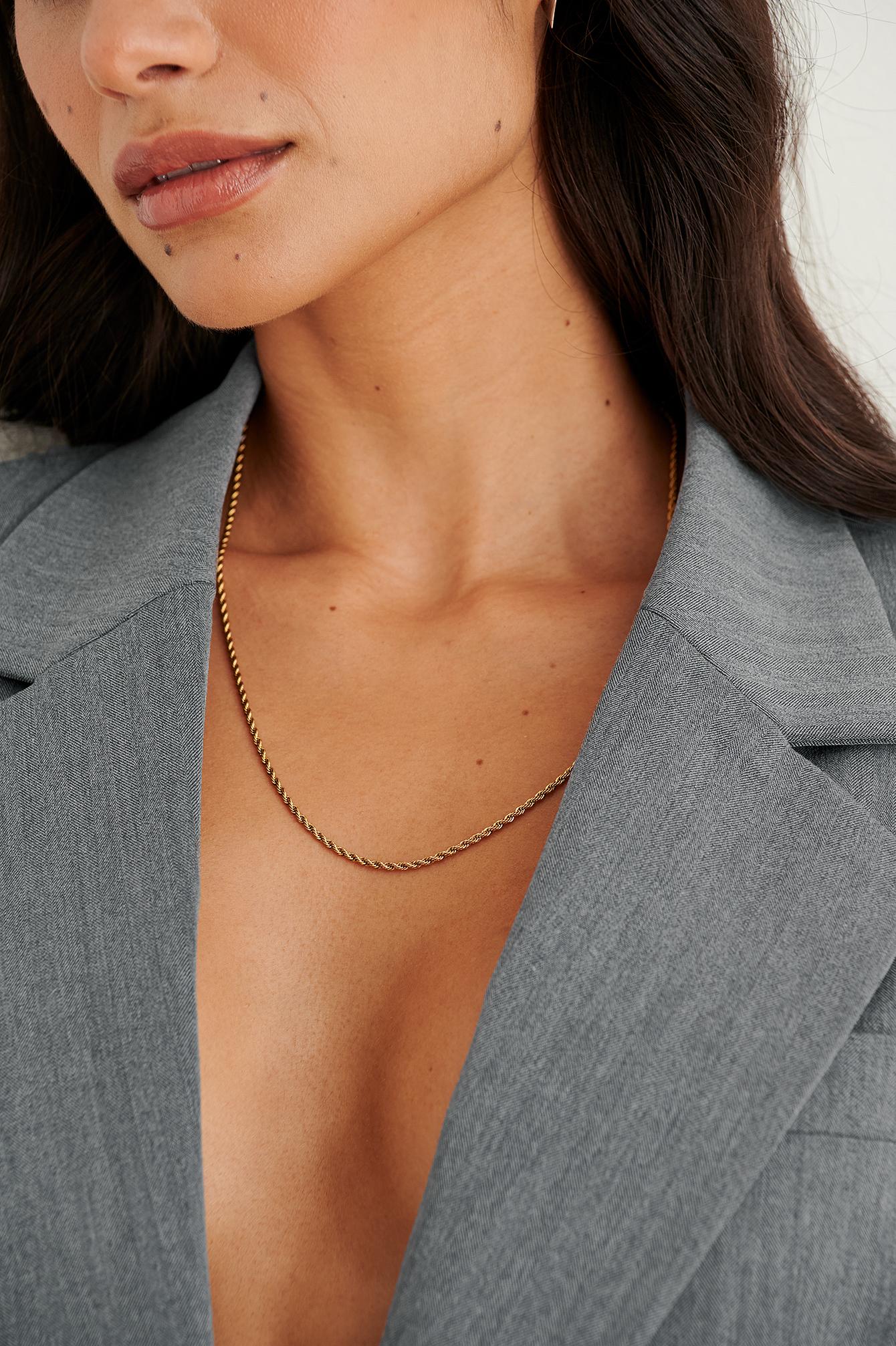 NA-KD Accessories Genanvendt snoet halskæde med guldbelægning - Gold