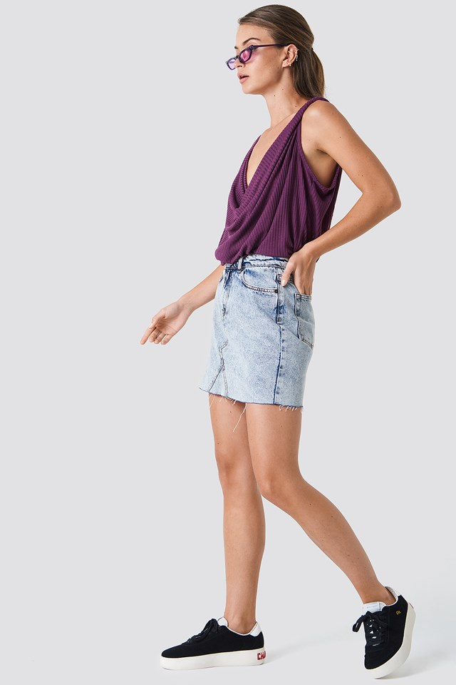 Twisted Front Rib Singlet Bordeaux