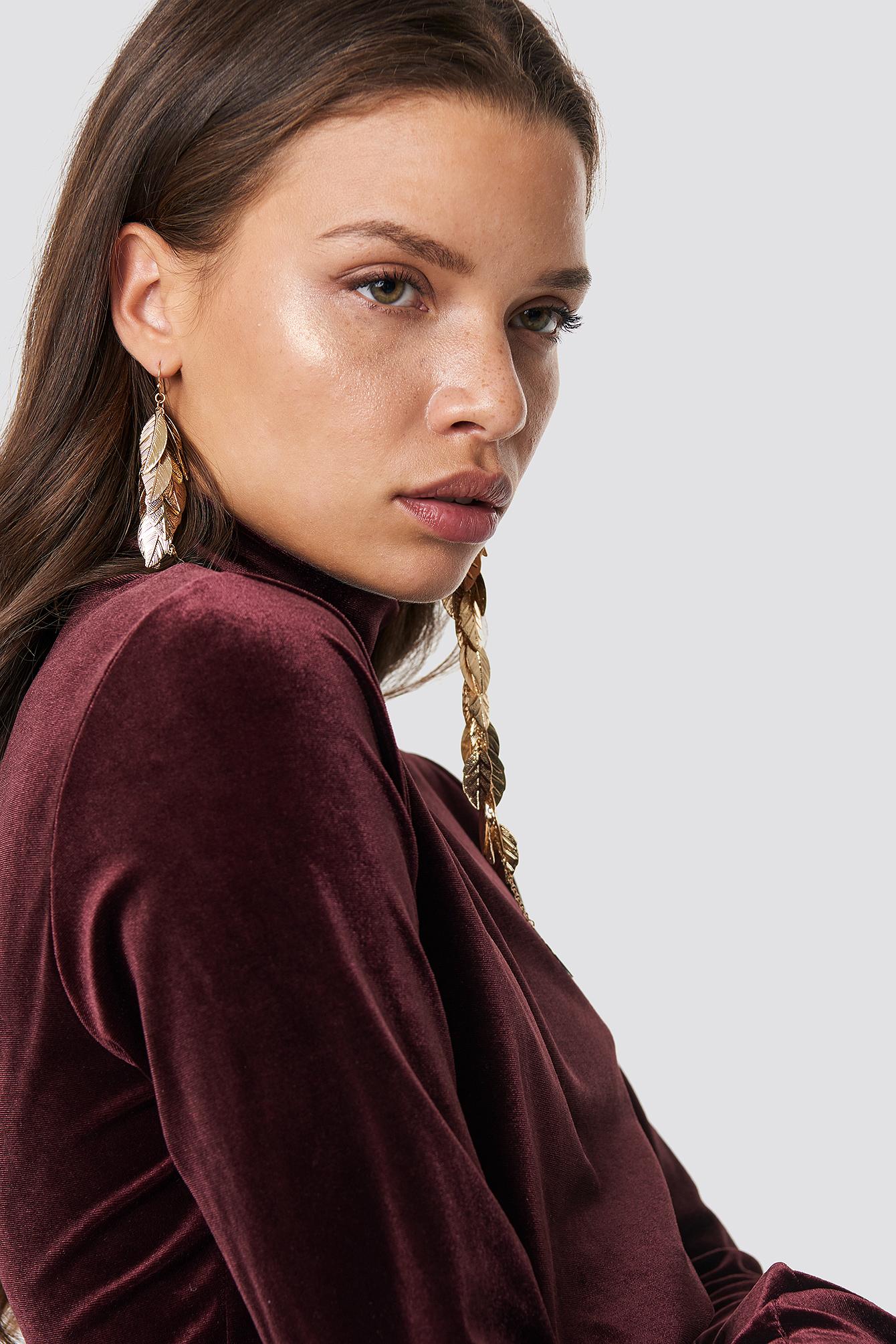 na-kd accessories -  Asymmetric Long Leaves Earrings - Gold