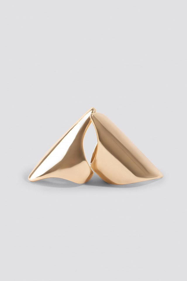 Two Asymmetric Long Rings Gold
