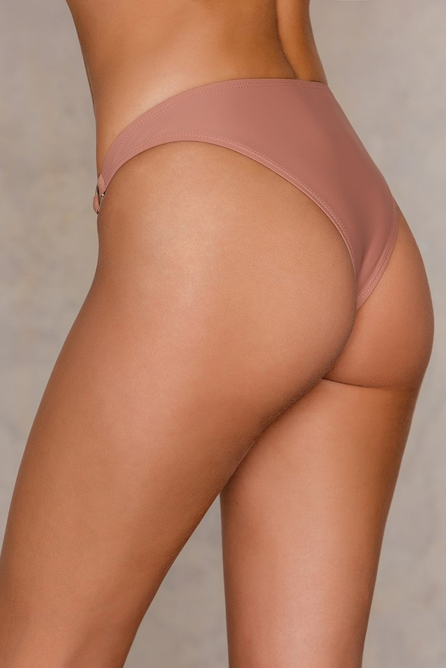 Two Ring Bikini Panty NA-KD.COM