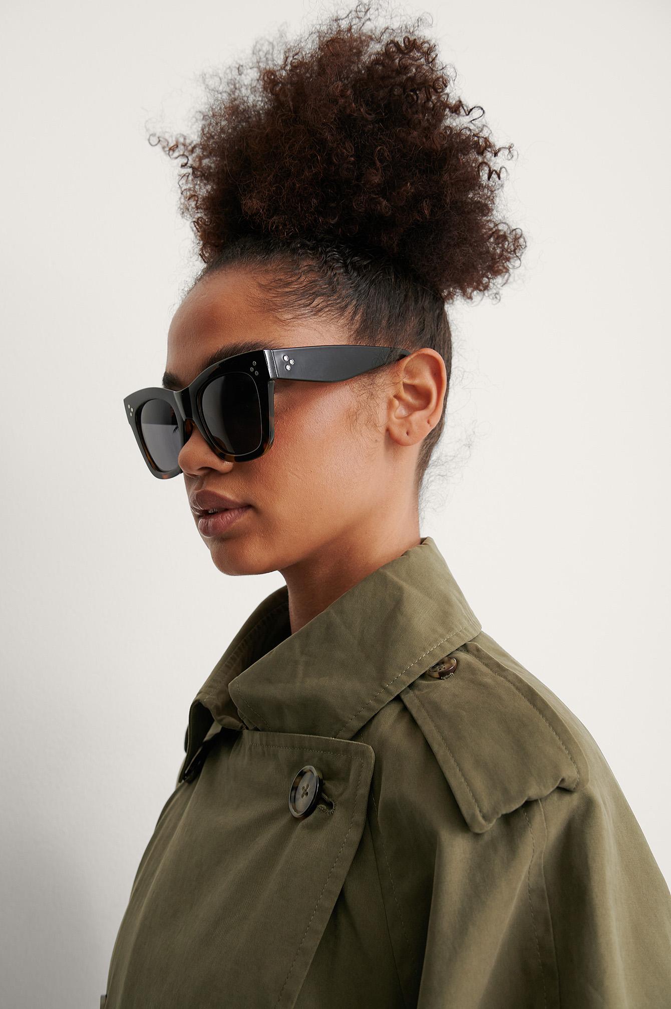 na-kd accessories -  Zweifarbig Getönte Cateye-Sonnenbrille - Black