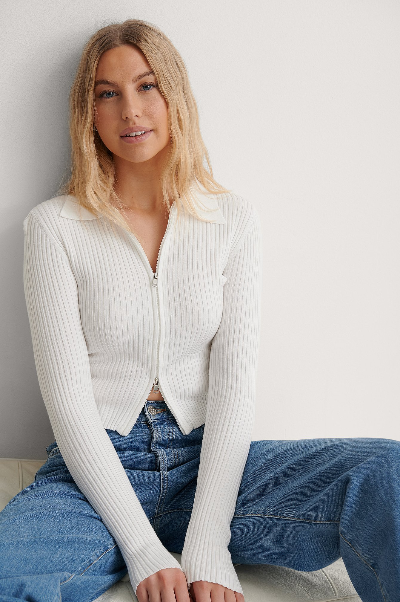 White Two Way Zipper Knitted Sweater