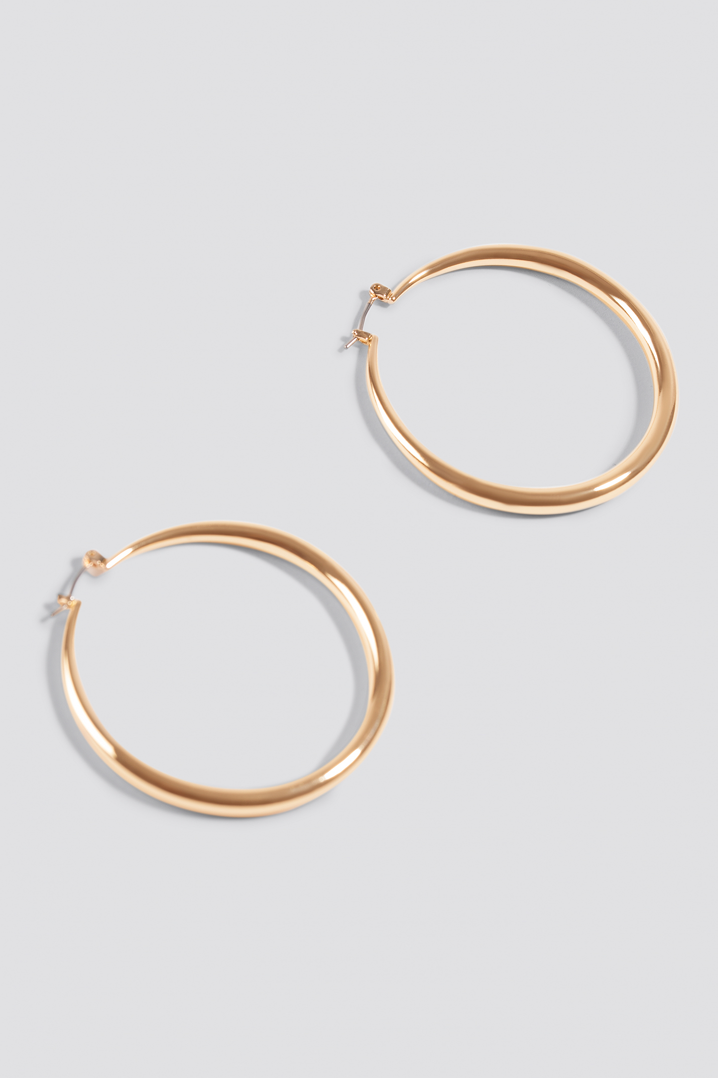 Uneven Hoop Earrings NA-KD.COM