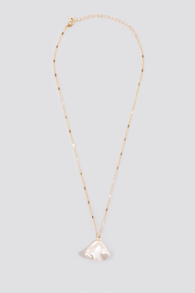 Uneven Pearl Necklace Gold