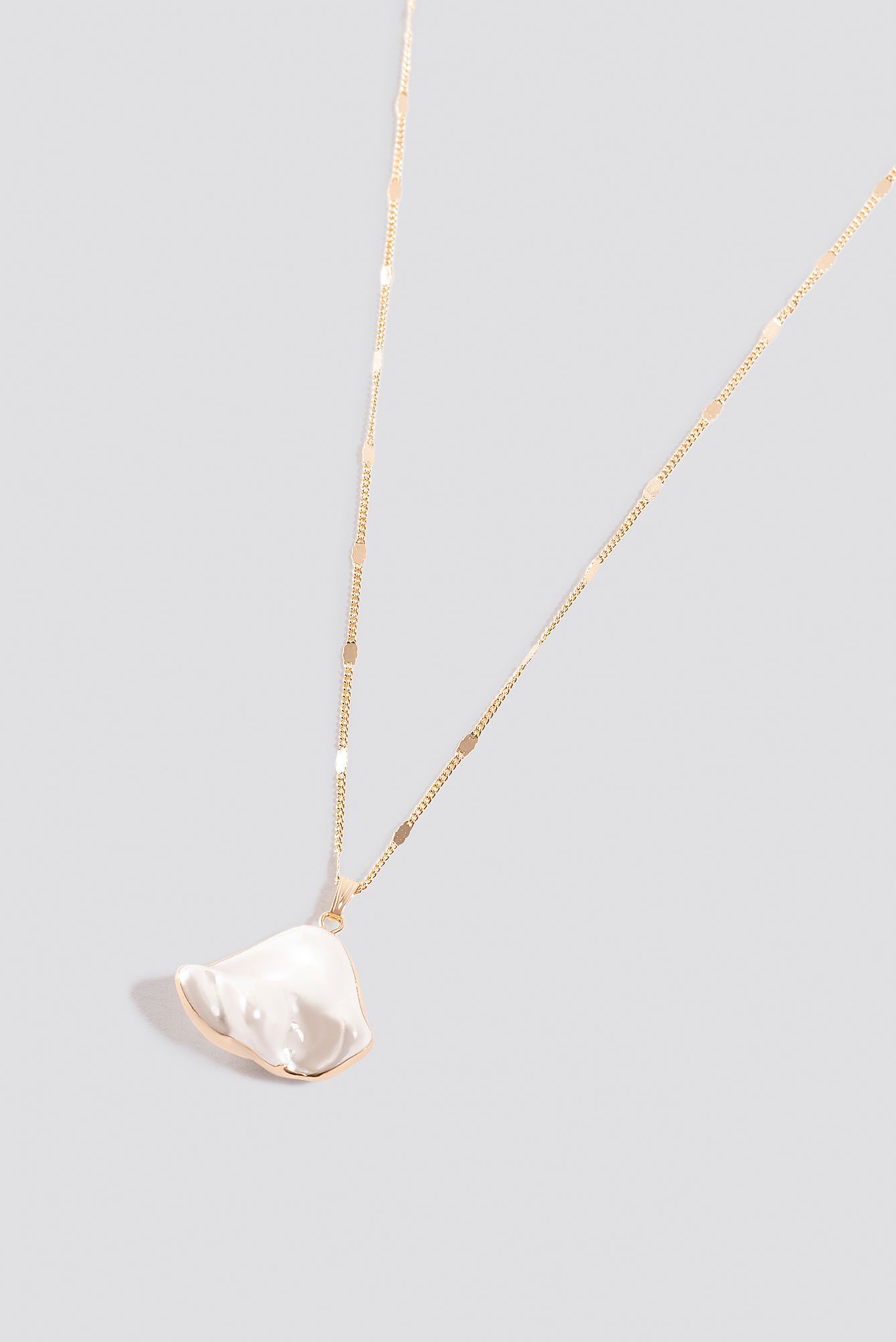 Uneven Pearl Necklace NA-KD.COM