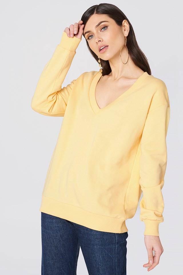 V-neck Basic Sweater Light Yellow