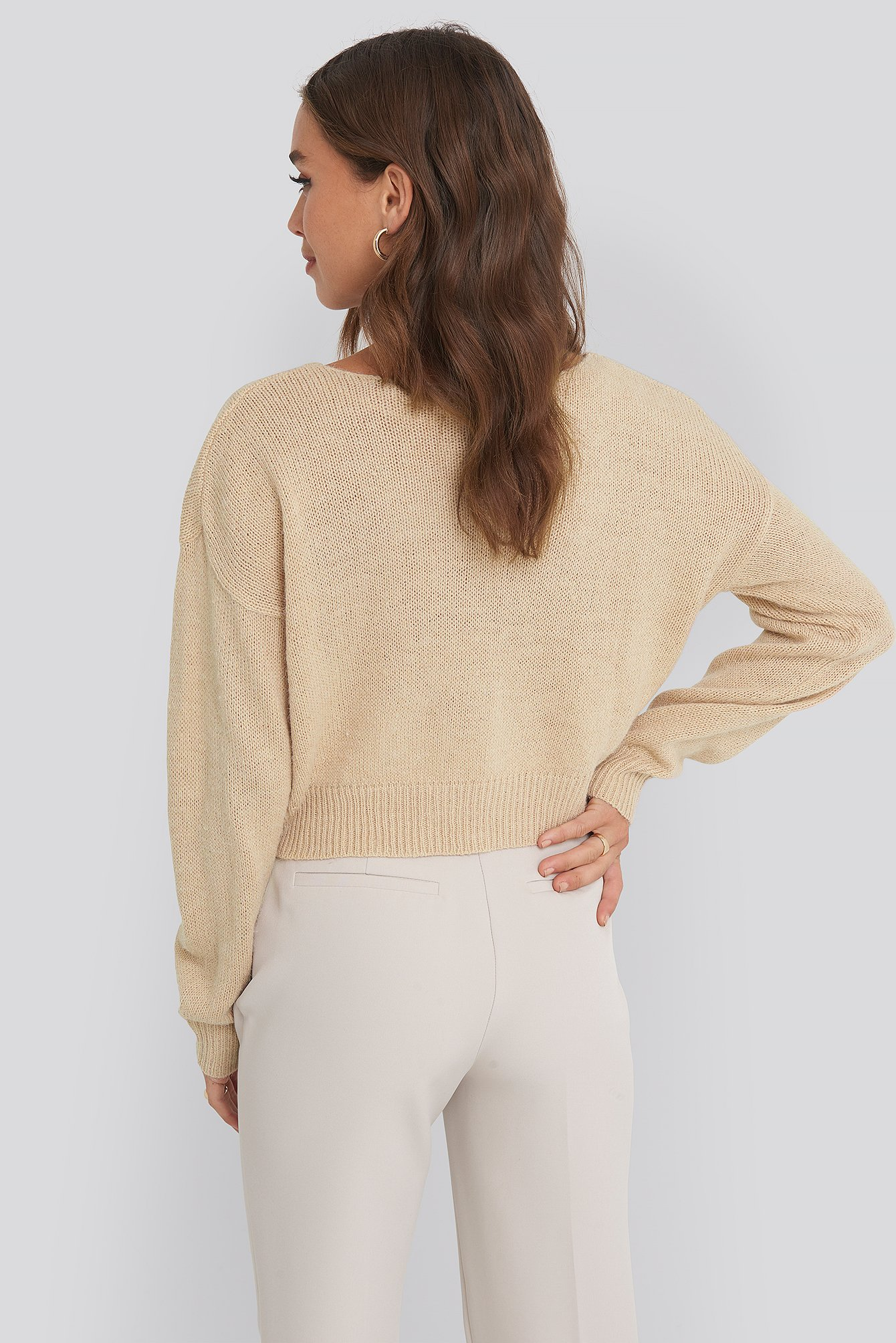 Beige V-neck Cropped Knitted Sweater