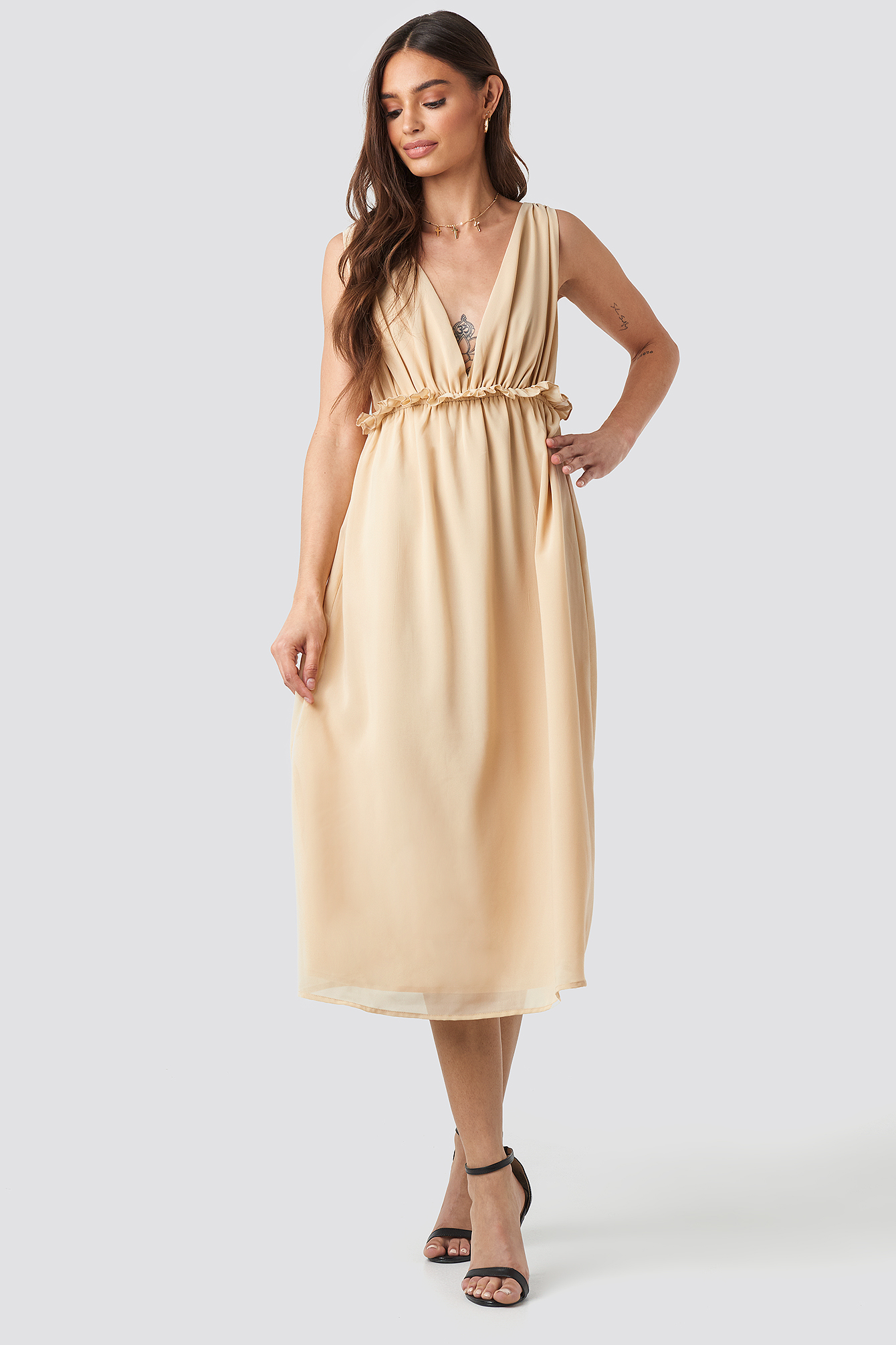 V-Neck Frill Waist Flowy Dress NA-KD.COM