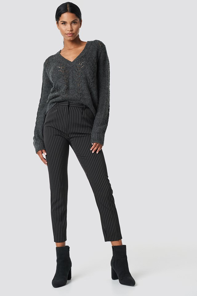 V-neck Knitwear Sweater Grey