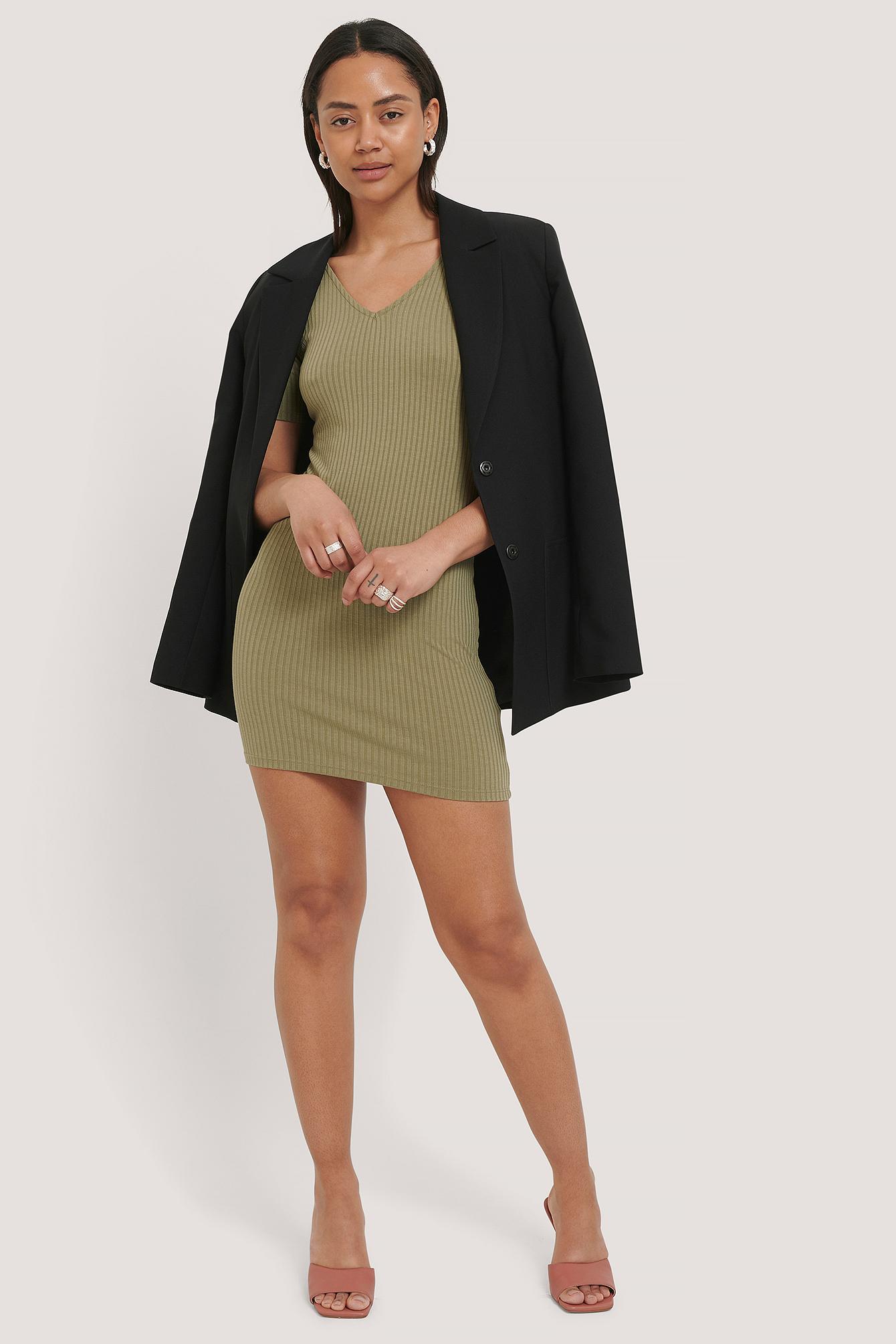 NA-KD Basic V- Neck Rib Dress - Green