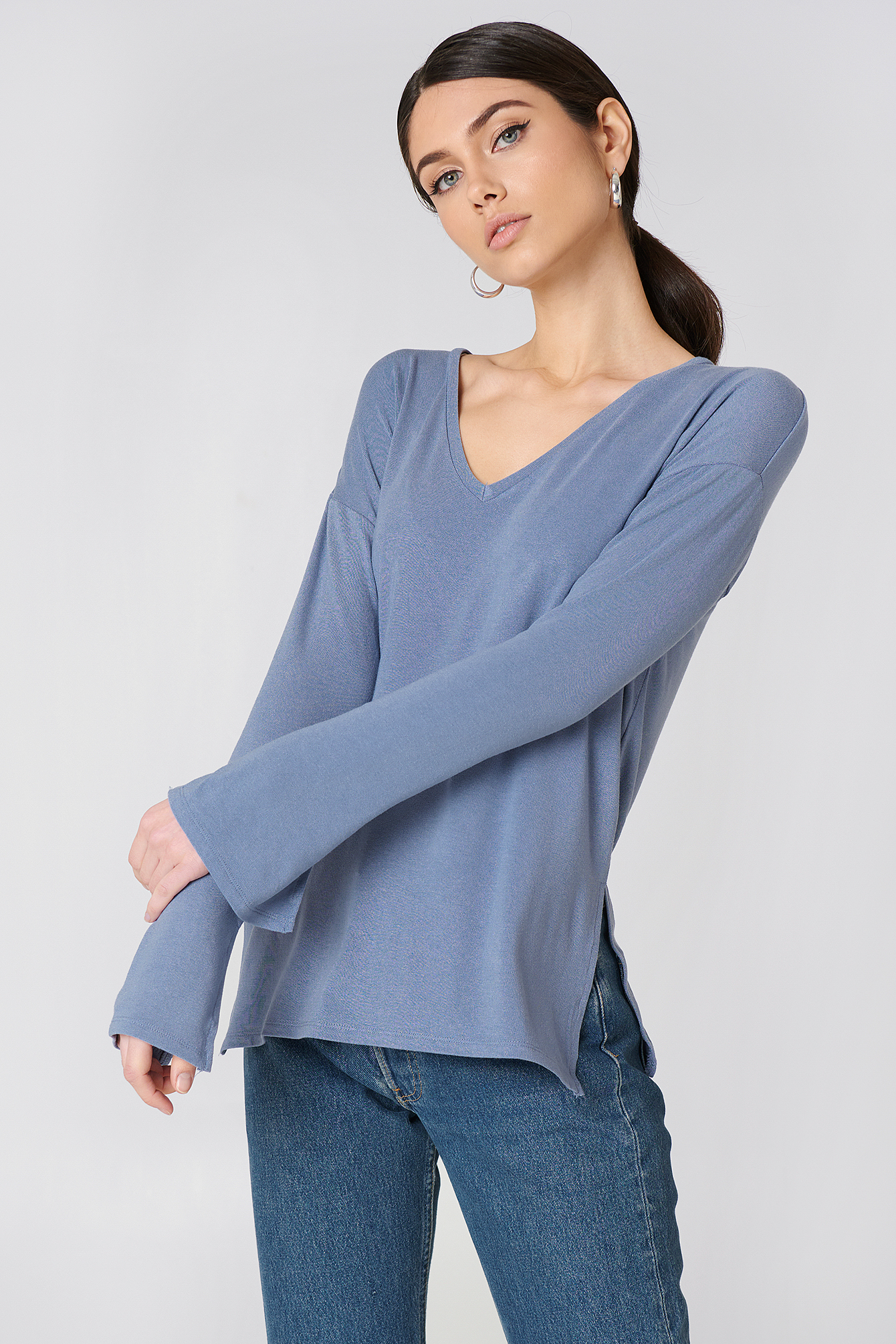 V-neck Side Slit Top NA-KD.COM