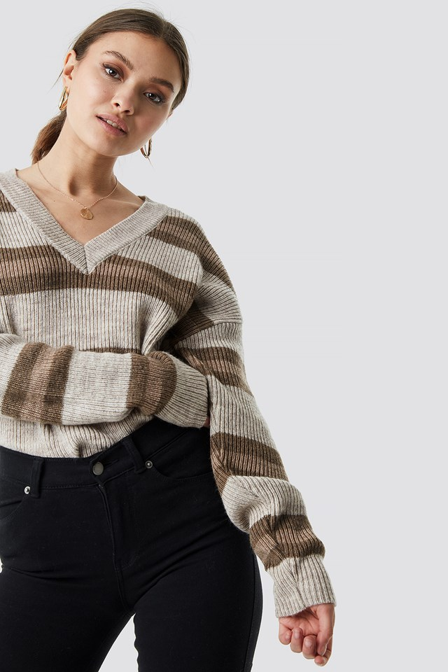 V-neck Striped Knitted Sweater Beige