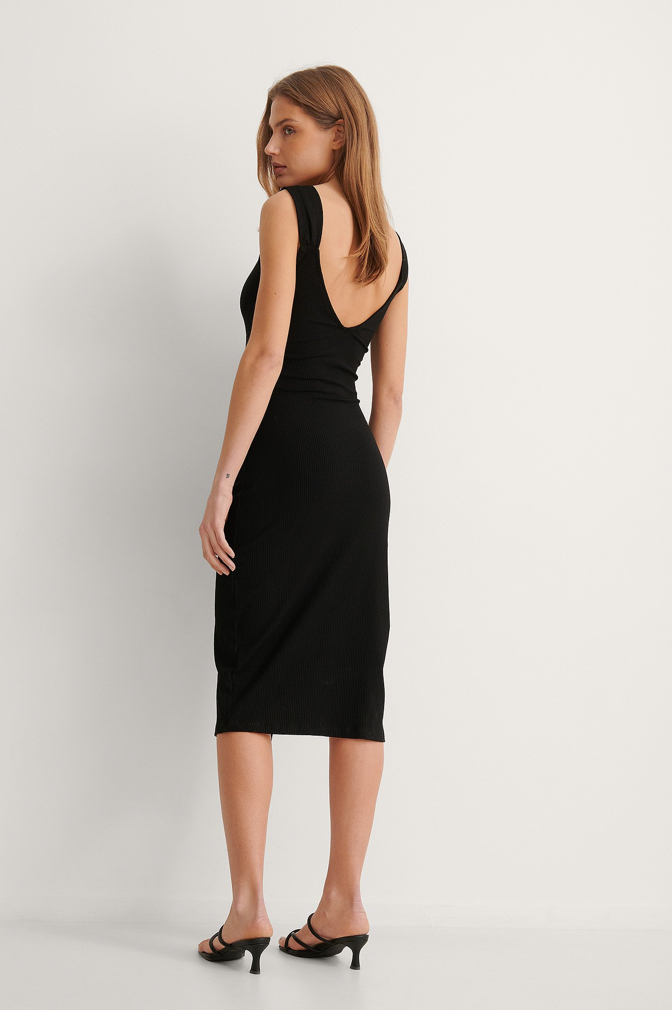 Black V-Shaped Front Midi Dress