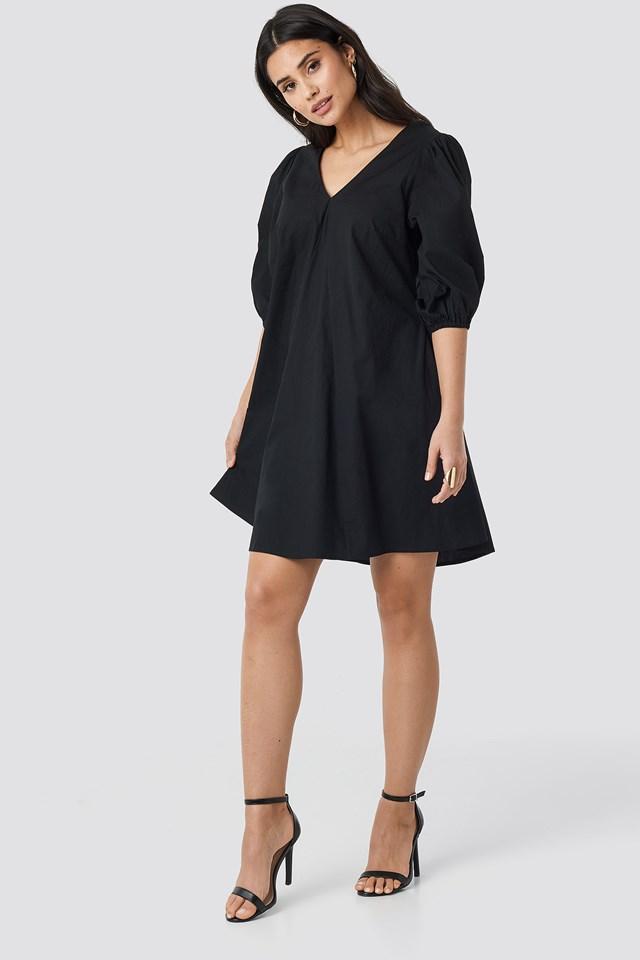 V-back and Front Short Sleeve Dress Black