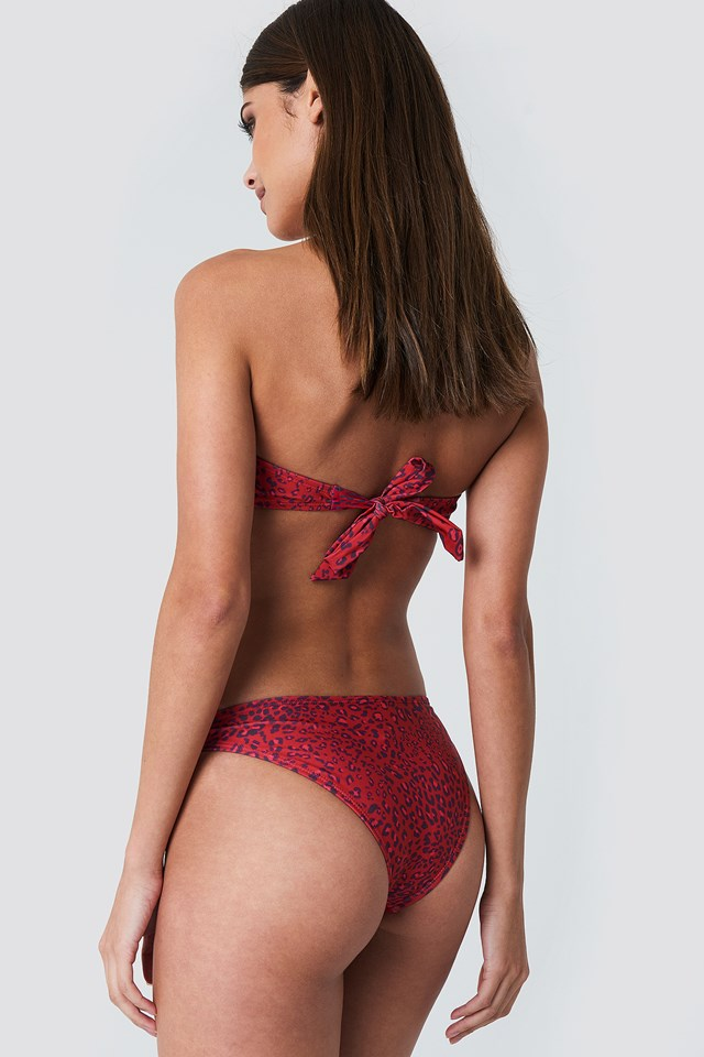 V-detail Bandeau Top Red Leo Print