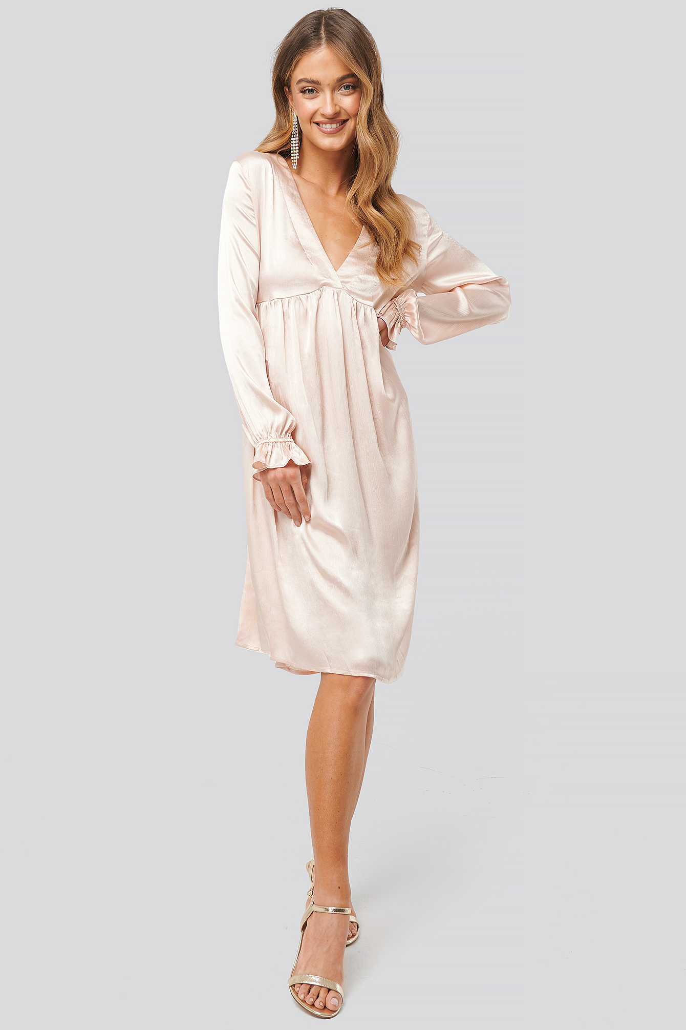 na-kd party -  V Front Frill Sleeve Dress - Beige